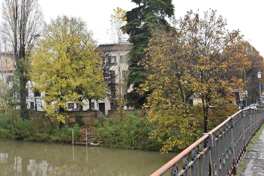 Piazza Delia panorama 2a